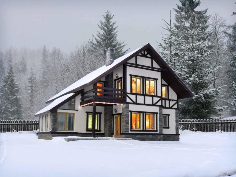 Загородный дом: построить новый или купить готовый